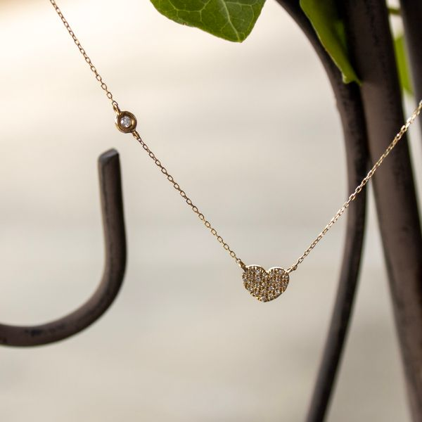 14 kt Yellow Gold Heart Necklace with Diamonds Image 2 Parris Jewelers Hattiesburg, MS