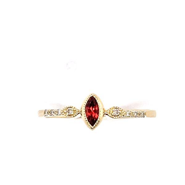 14 kt Yellow Gold Garnet and Diamond Ring