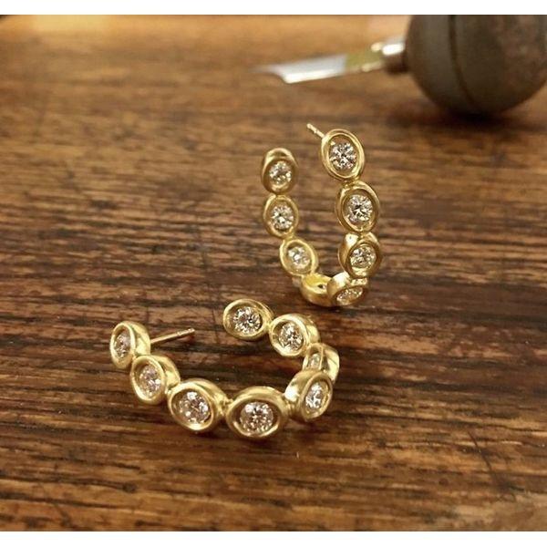 18k Diamond Bezel Hoops Image 2 Parris Jewelers Hattiesburg, MS