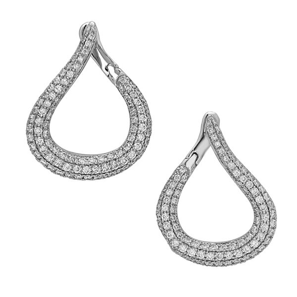 18 kt White Gold Diamond Earrings