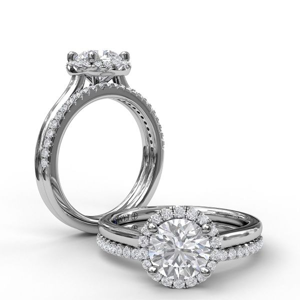 White  Gold Classic Round Halo Engagement Ring