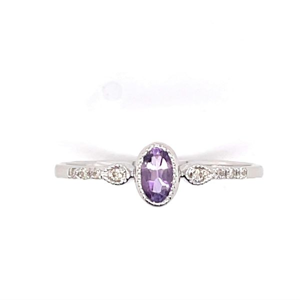 14 kt White Gold Amethyst and Diamond Ring
