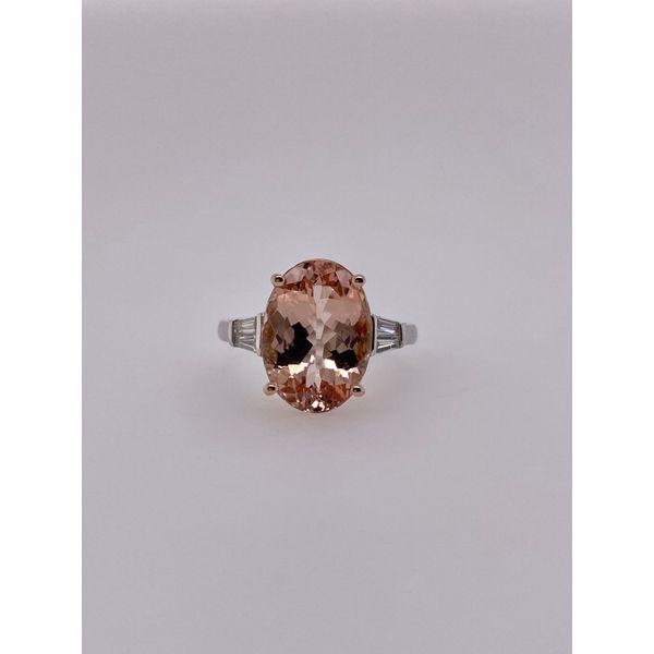 14 kt White Gold 5.86 carat Morganite Ring