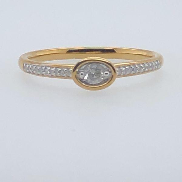 10 kt Yellow Gold Diamond Promise Ring