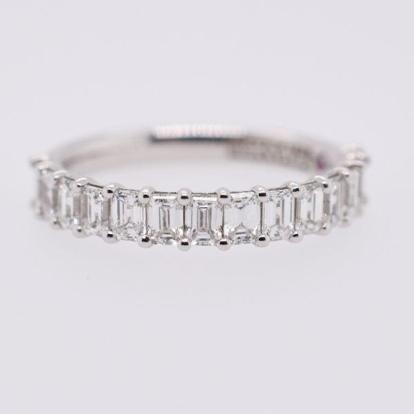 18 kt White gold Emerald Cut Diamond Band