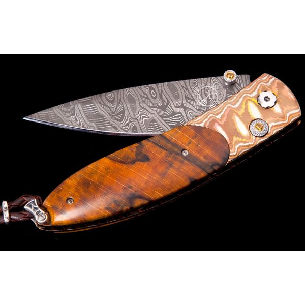 Willim Henry pocket knife with wood in handle