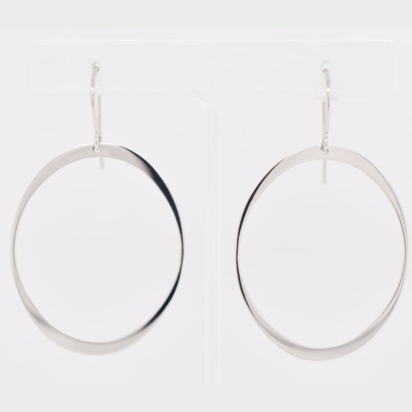 14 kt White Gold Dangle Oval Hoop Earrings