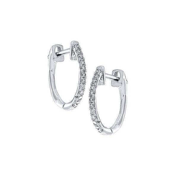 10 kt Petite White Gold Diamond Earrings