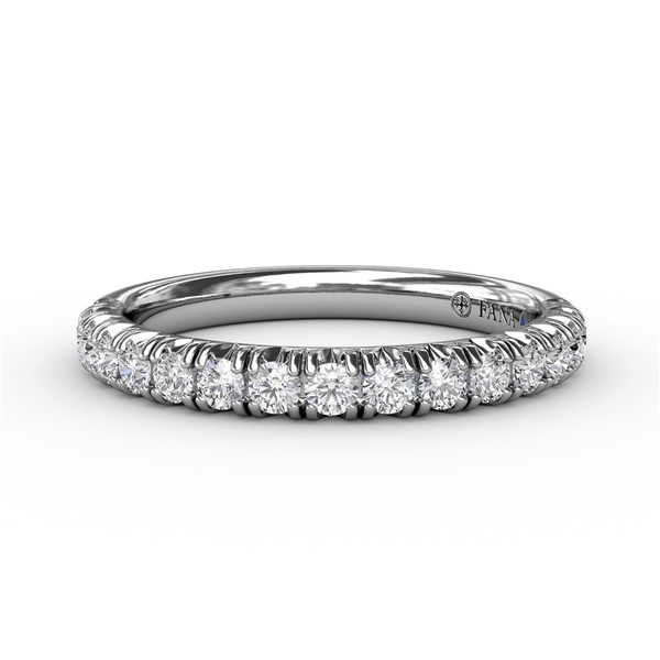 14 kt White Gold Diamond Band Parris Jewelers Hattiesburg, MS