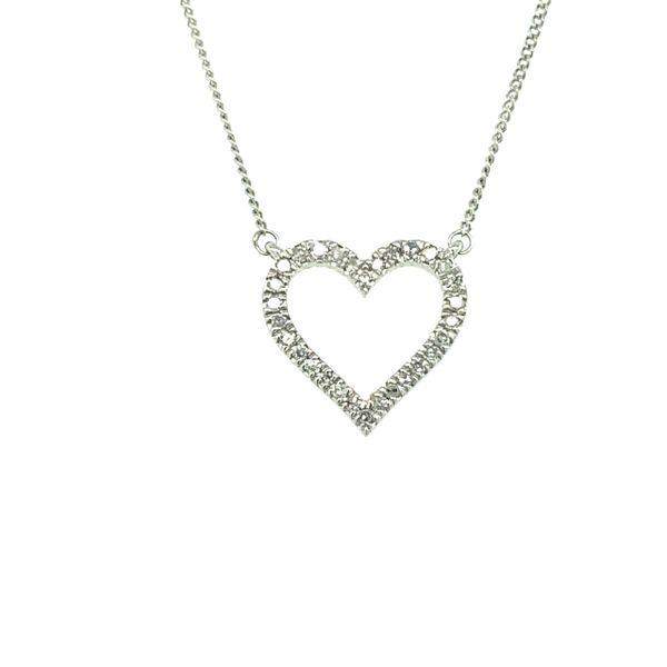 10 kt White Gold Diamond Heart Necklace