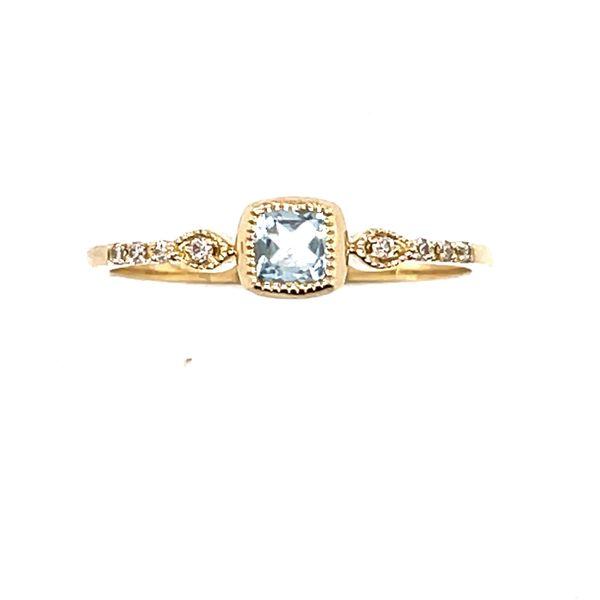 14 kt Yellow Gold Aquamarine and Diamond Ring