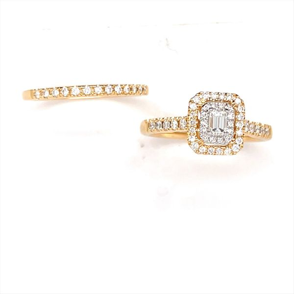 14 kt Yellow Gold Engagement Ring with Wedding Band