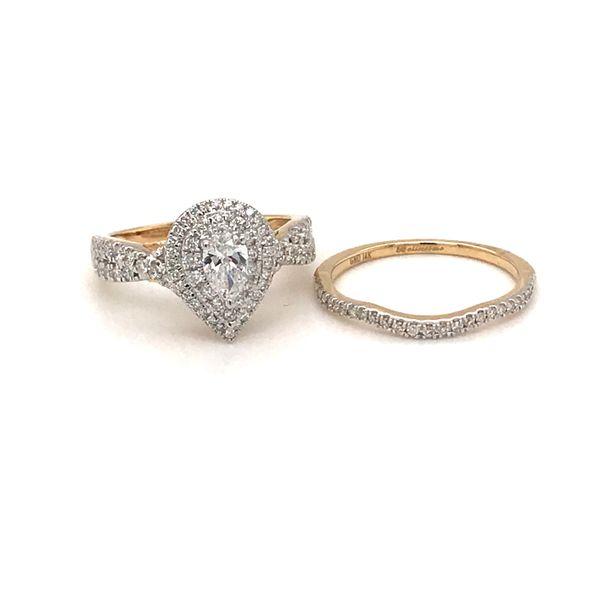 14 Karat Yellow Gold Diamond Bridal Set Rialto Jewelry San Antonio, TX