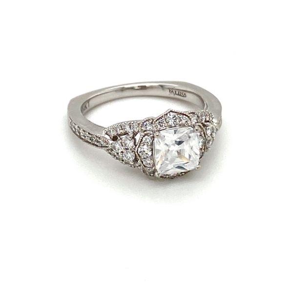 Scalloped Diamond Halo Engagement Ring Setting Image 3 Toner Jewelers Overland Park, KS
