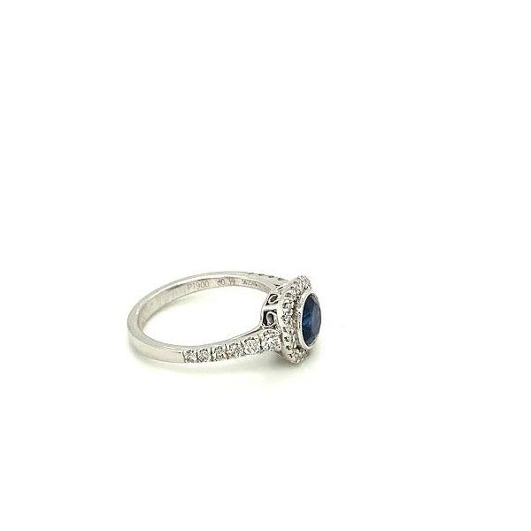 Sapphire Ring  Image 3 Toner Jewelers Overland Park, KS