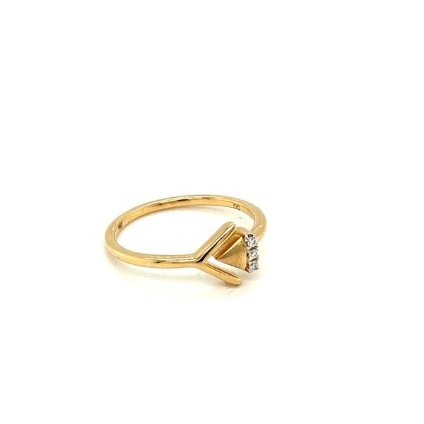Gold and Diamond Arrow Ring Image 2 Toner Jewelers Overland Park, KS