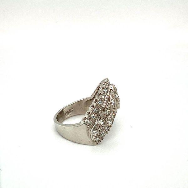 Lady's V Shaped Diamond Estate Ring Image 3 Toner Jewelers Overland Park, KS