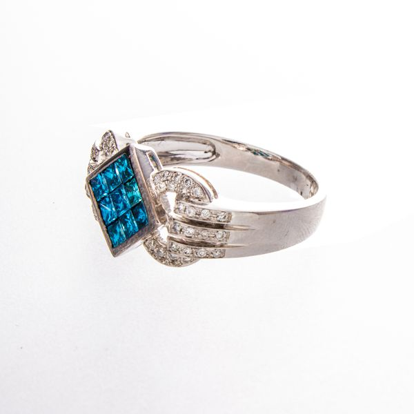 Irradiated Blue & White Diamond Estate Ring Image 3 Toner Jewelers Overland Park, KS