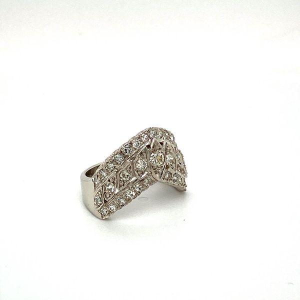 Lady's V Shaped Diamond Estate Ring Image 2 Toner Jewelers Overland Park, KS