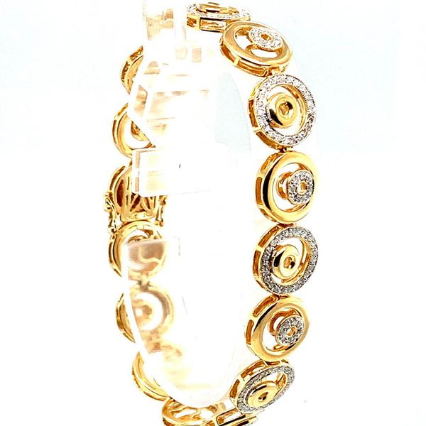 Estate Yellow Gold Diamond Circle Bracelet Image 3 Toner Jewelers Overland Park, KS
