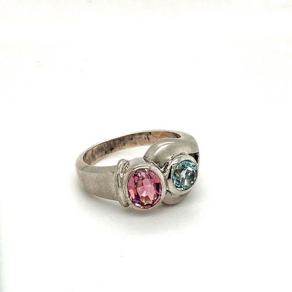 Estate Topaz Ring Image 2 Toner Jewelers Overland Park, KS