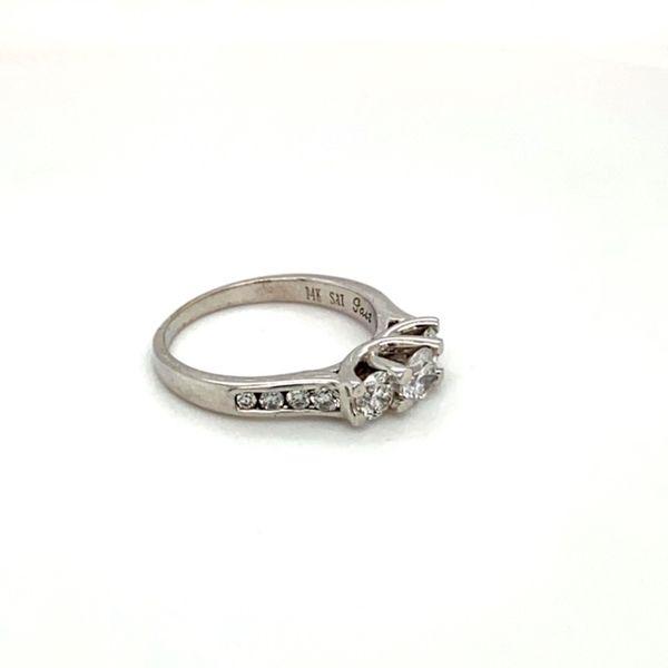 Estate Diamond Three Stone Ring Image 3 Toner Jewelers Overland Park, KS