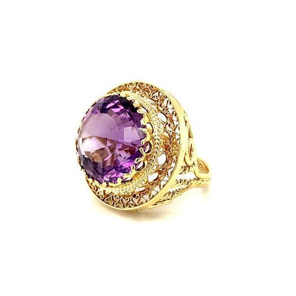 Estate Amethyst Ring  Image 2 Toner Jewelers Overland Park, KS