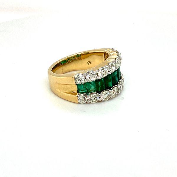 Emerald and Diamond Ring Image 4 Toner Jewelers Overland Park, KS