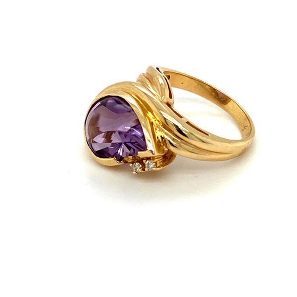 Estate Amethyst Ring  Image 4 Toner Jewelers Overland Park, KS
