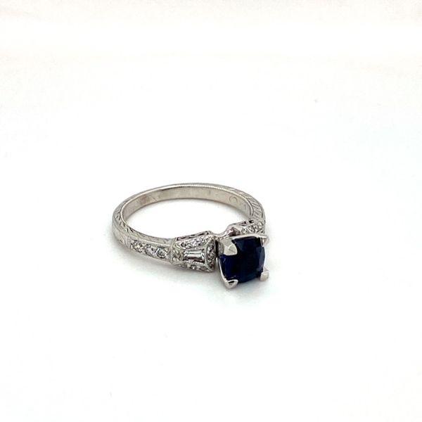 Estate Sapphire Ring Image 2 Toner Jewelers Overland Park, KS