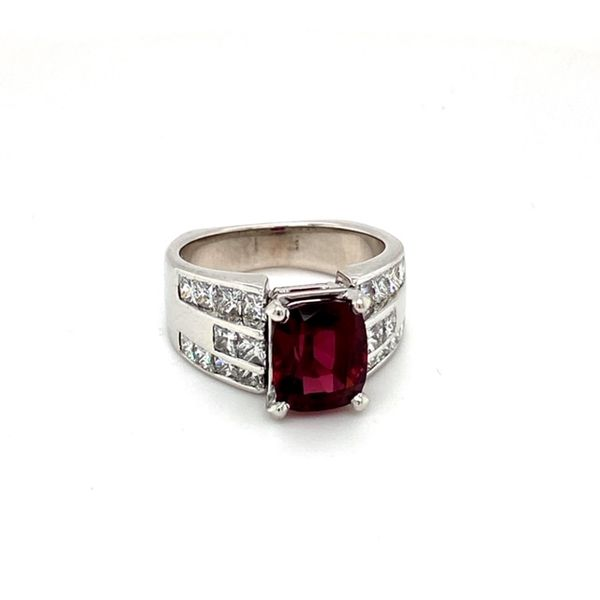 Estate Garnet Ring Image 2 Toner Jewelers Overland Park, KS