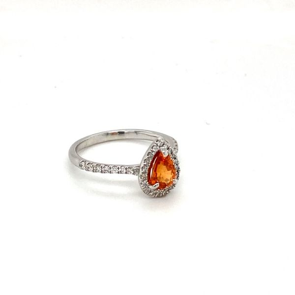 Mandarin Garnet Ring Image 3 Toner Jewelers Overland Park, KS