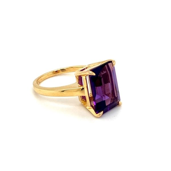 Estate Amethyst Ring Image 3 Toner Jewelers Overland Park, KS