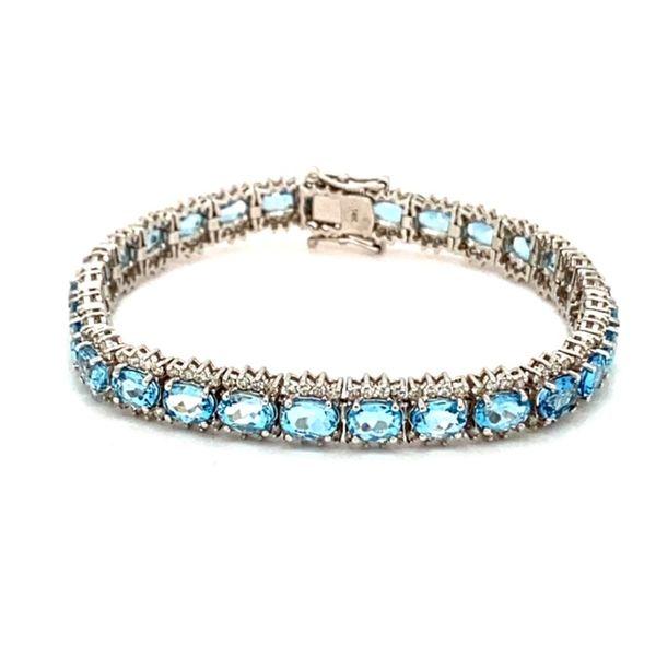 Aquamarine and Diamond Bracelet Image 3 Toner Jewelers Overland Park, KS