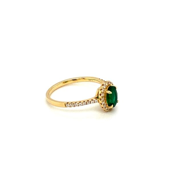 Emerald and Diamond Ring Image 3 Toner Jewelers Overland Park, KS