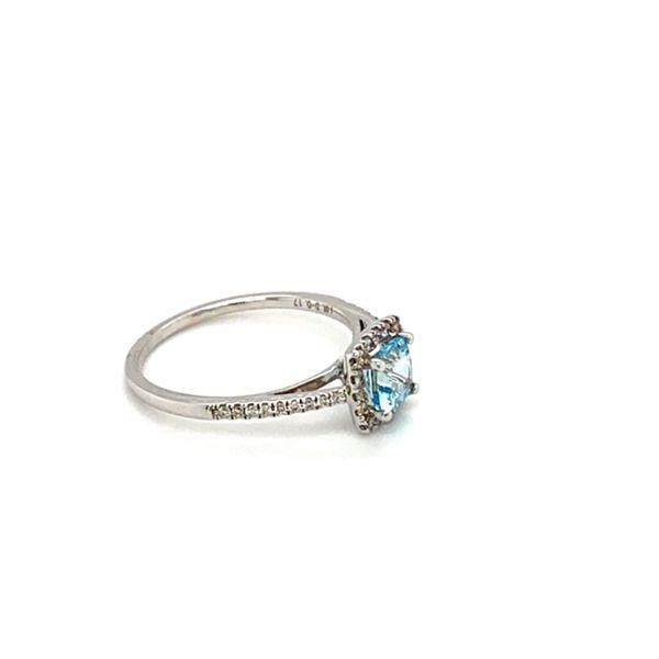 Cushion Aquamarine and Diamond Ring Image 3 Toner Jewelers Overland Park, KS