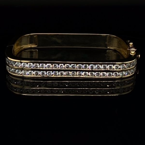 Estate Square Diamond Bracelet Image 3 Toner Jewelers Overland Park, KS