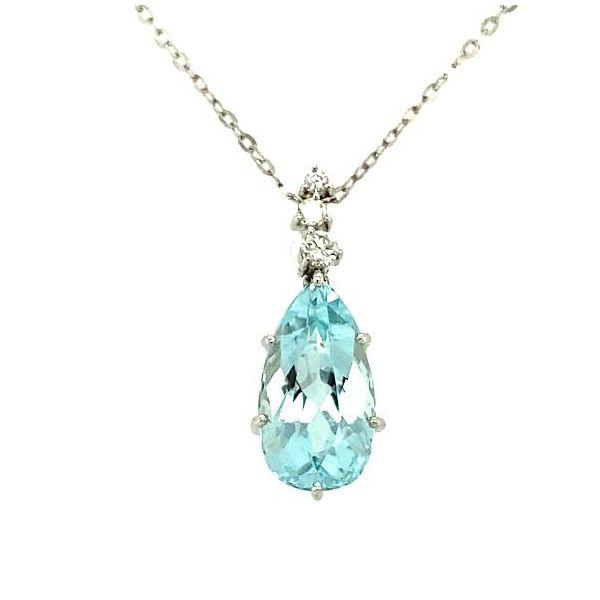 Estate Aquamarine Necklace  Image 2 Toner Jewelers Overland Park, KS