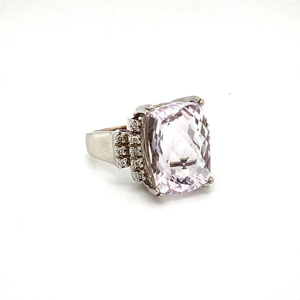 Estate Kunzite Ring Image 2 Toner Jewelers Overland Park, KS