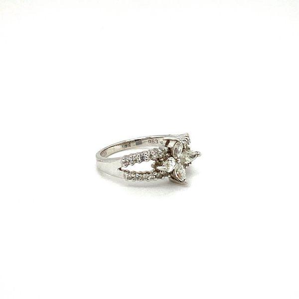 Estate Diamond Quatrefoil Ring Image 2 Toner Jewelers Overland Park, KS