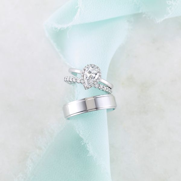 Pear French-Set Engagement Ring Mounting Image 2 Vandenbergs Fine Jewellery Winnipeg, MB