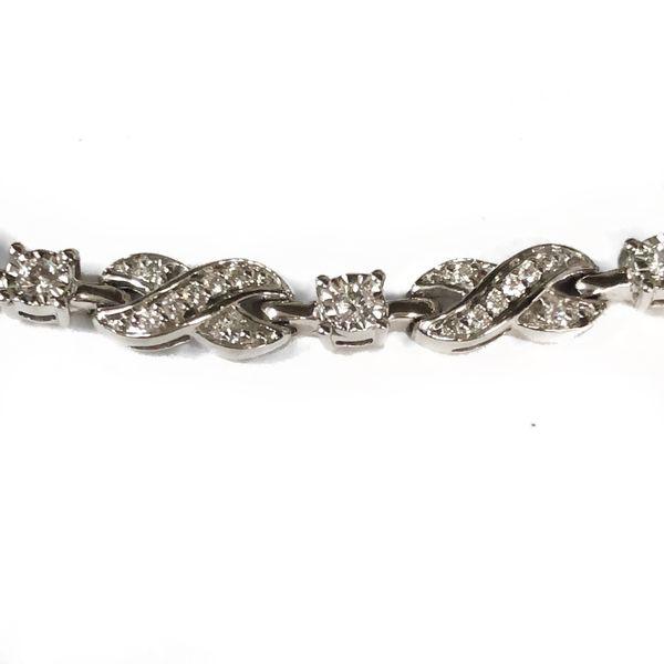 14K White Gold Diamond Tennis Bracelet Image 2 Vandenbergs Fine Jewellery Winnipeg, MB