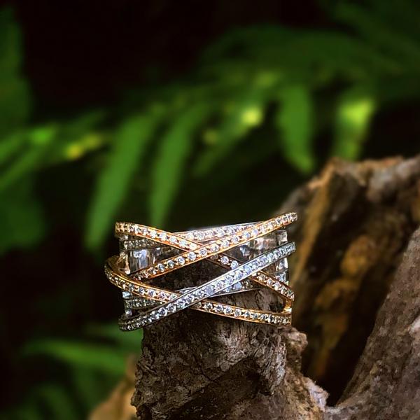 18K Tri-Tone Diamond Fashion Ring Image 2 Vandenbergs Fine Jewellery Winnipeg, MB
