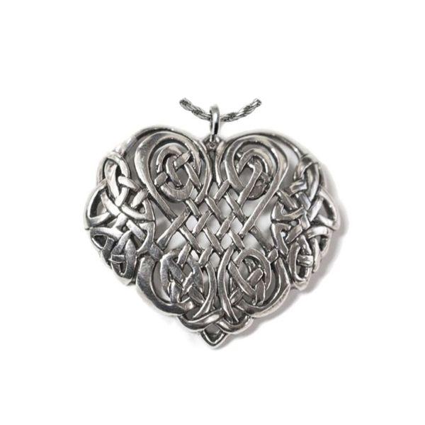 sterling silver celtic heart pendant