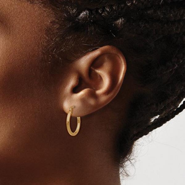 10K Gold 3.5mm Oval Hoop Earrings Image 2 Vandenbergs Fine Jewellery Winnipeg, MB