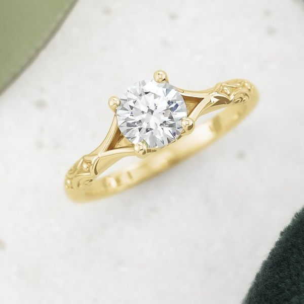 Yellow Gold Solitaire Engagement Ring Mounting Image 2 Vandenbergs Fine Jewellery Winnipeg, MB