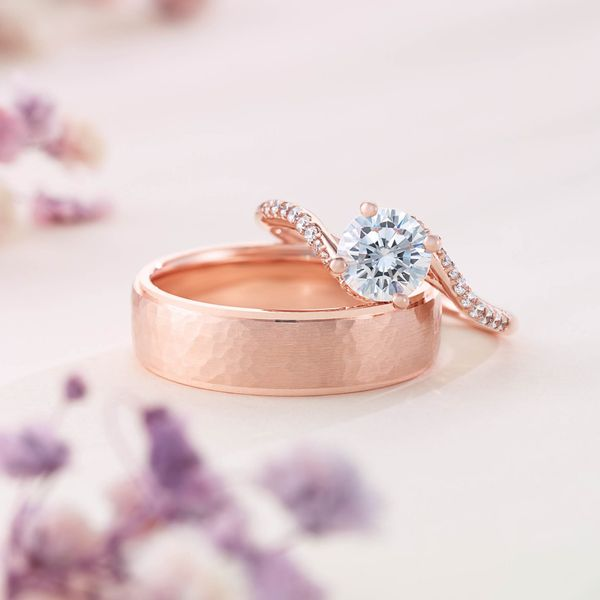 Curved Engagement Ring Mounting Image 2 Vandenbergs Fine Jewellery Winnipeg, MB