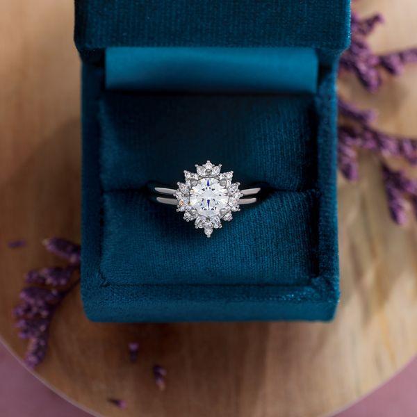 White Gold Engagement Ring Mounting Image 2 Vandenbergs Fine Jewellery Winnipeg, MB
