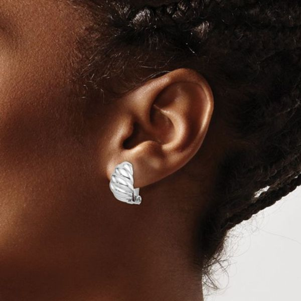 Scalloped Oval Clip On Earrings Image 2 Vandenbergs Fine Jewellery Winnipeg, MB