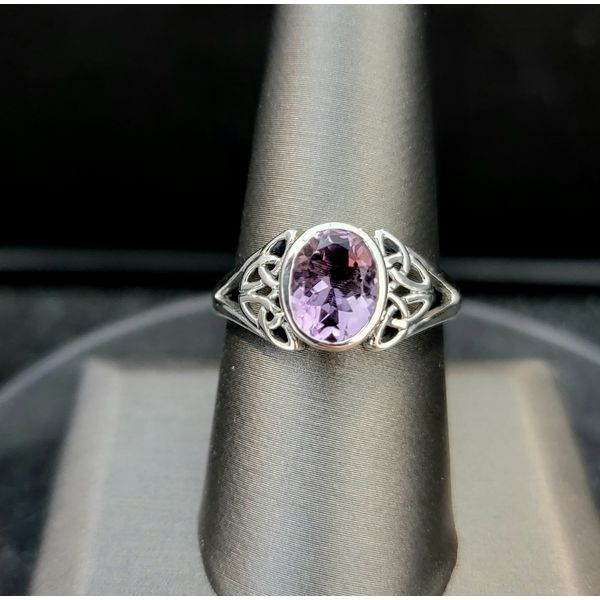 Sterling Silver Oval Amethyst Trinity Knot Ring Vulcan's Forge LLC Kansas City, MO